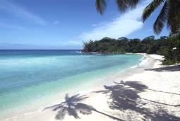 セイシェルマヘ島&バード島滞在 エミレーツ航空ご利用5日間