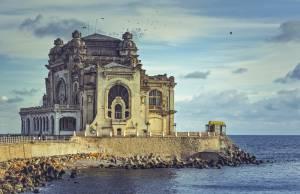 ビーチに、美容に、建築に・・・多彩な都市コンスタンツァ【ルーマニア情報】