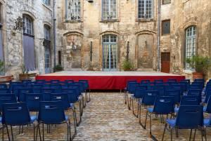 カンヌ映画祭より熱い⁉ アヴィニヨン演劇フェスティバル