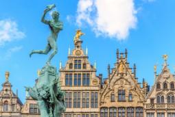 *当サイト限定*ベルギー料理の昼食付き!ブリュッセル+アントワープ 日帰り観光