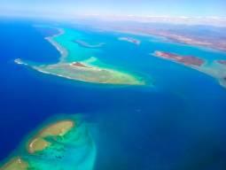 南の島にあるプチパリへ!ニューカレドニアウエディングフォト☆
