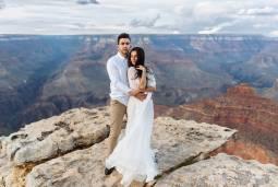 アメリカで憧れハネムーン♡2泊3日グランドサークルで結婚写真を撮る新婚旅行♡ ~ラスベガス・グランドキャニオン・モニュメントバレー・セドナ~ 現地7日間