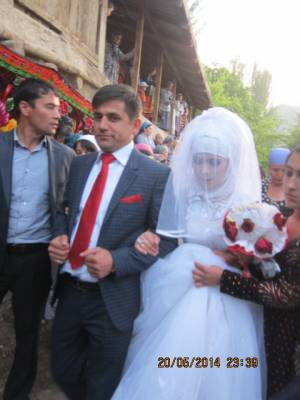 一週間も楽しめる、タジクの結婚式