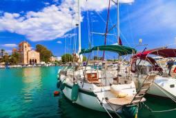 アテネから気軽に楽しむ エーゲ海ヨットチャーター旅行 4日間