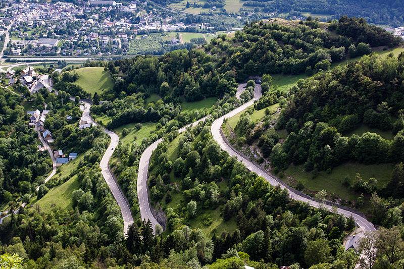ツール・ド・フランスのルート沿いの町~ 「ラルプ・デュエズ」