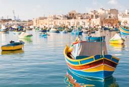 南欧の蒼い海 絶景紀行 地中海マルタ島とギリシャ・サントリーニ島 現地8日間