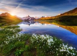 永遠の思い出に!夢のスイスハネムーン9日間【山岳ホテル(ベルグホテル・シーニゲプラッテ)宿泊付き】