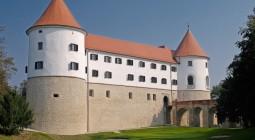 スロベニア・クロアチアの温泉巡りと古城ホテル 8日間
