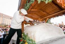 【2019年12月7日】 ★年に1度!★ドレスデン伝統のクリスマス・シュトレン祭り&木製おもちゃの故郷ザイフェン滞在 6日間