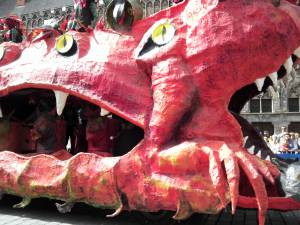 ベルギー☆イーペルの猫祭り☆繊維の街イーペルと猫投げ