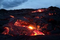 ハワイ キラウエア火山とカラパナ溶岩ツアー