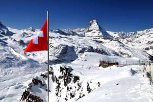 冬のスイスを楽しむツアー