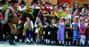 ディンケルスビュールの「歴史子供祭り」