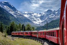 夏季限定!スイス急行列車とパーム・エクスプレスの旅★7日間