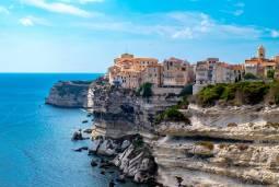 コルシカ島 地中海に浮かぶフランスの秘境|南コルシカを往く