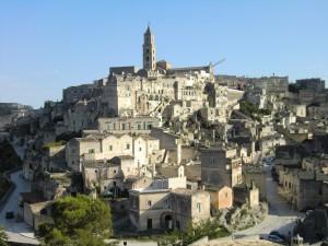 イタリア旅番組情報  世界の村で発見!こんなところに日本人 謎の洞窟住居!イタリアの女性2人(秘)人生!