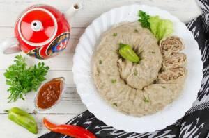 タジキスタンの家庭料理 ホヌマ