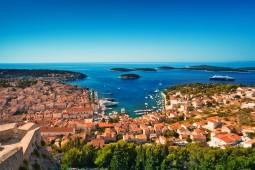 【キャビンチャーター2泊】人気の島々をヨットで巡る!ミニセーリングでクロアチア旅行 5日間