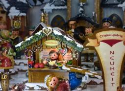 ★木製おもちゃの故郷ザイフェンに宿泊★ザクセンクリスマス二都市物語 5日間