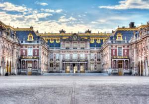 夏こそヴェルサイユ宮殿!の訳