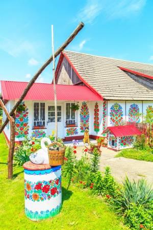 花柄で統一された可愛い村【ポーランド情報】