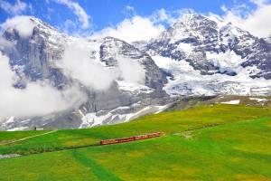 スイスおすすめの展望台その1 ベルナーアルプスとベルン、ジュラ州、スイス東部(チューリッヒ、ザンクトガレン、アッペンツェルなど)