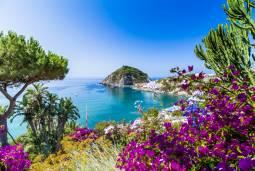 ナポリと周辺の島々巡り ~イスキア島・プロチダ島・カプリ島~