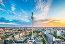 ベルリン滞在と世界遺産ライン川観光、ミュンヘンとノイシュヴァンシュタイン城も巡るドイツ人気観光地満喫の旅~8日間~