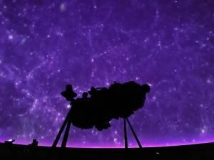 プラネタリウムでフランスの星空を思う