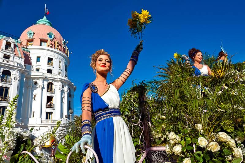 冬のコート・ダジュールで最大のイベントCarnaval de Nice(カーナバル デゥ ニース)