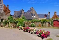 フランスの最も美しい村を訪ねて|ブルターニュ地方を巡る旅