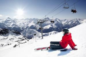 一年中スキーを楽しめる!ティーニュスキー場
