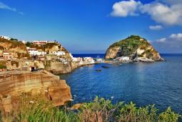 イスキア島・カプリ島と南イタリアを巡るハネムーン7日間 日本人エスコート付
