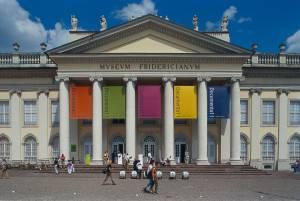 5年に一度の現代アート展ドクメンタ(Documenta)
