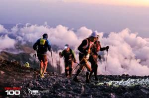 2018 5/2-10 インドネシア・RINJANI100参加ツアー 参戦記③ 中盤編~3726mリンジャニ山頂へ