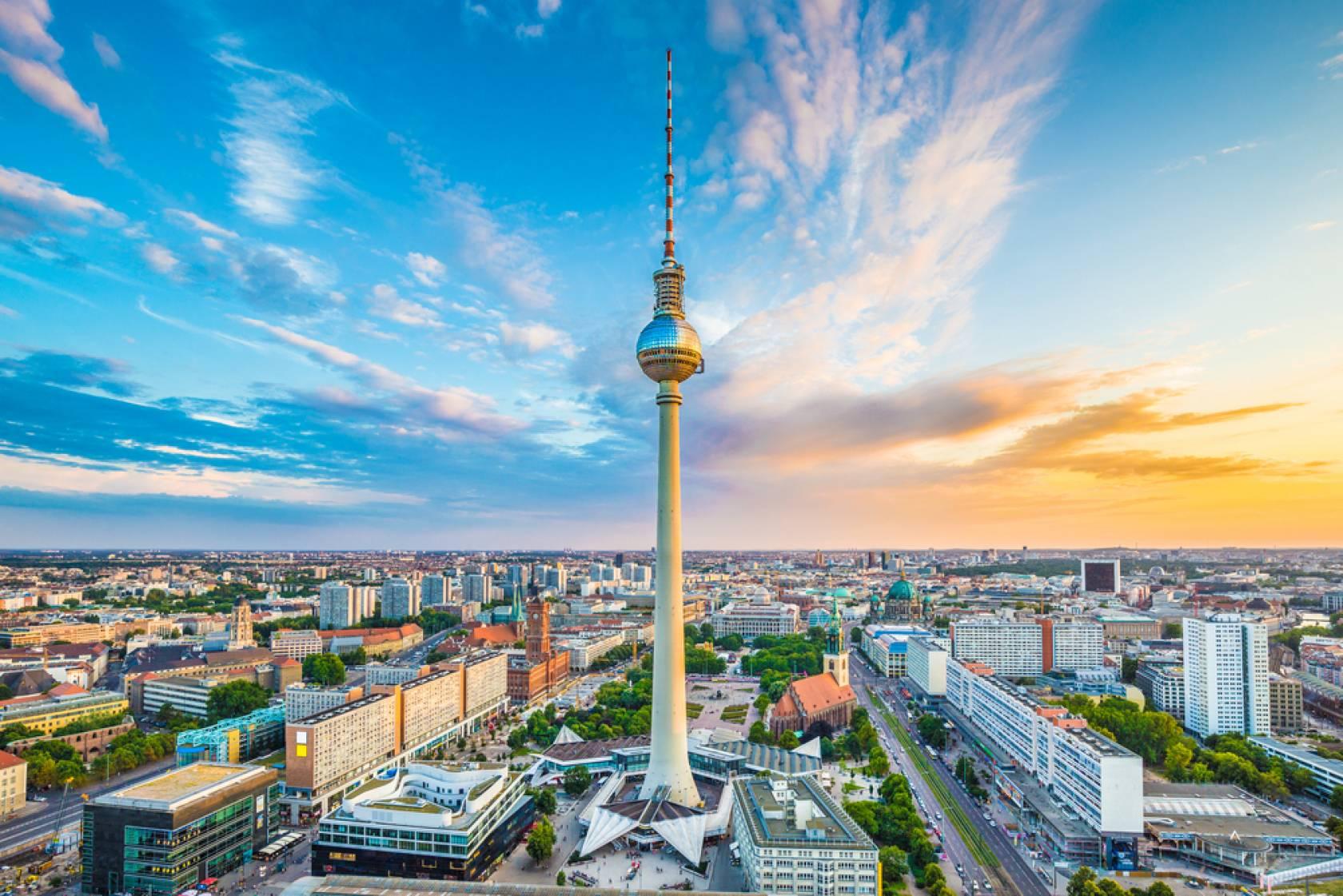 ベルリン滞在と世界遺産ライン川観光、ミュンヘンとノイシュヴァン ...
