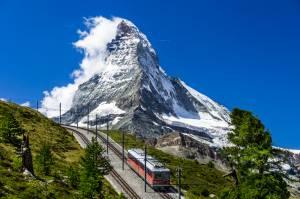 絶景アルプス名峰に出合う旅!スイス旅行 ~予算は?(航空券編)~