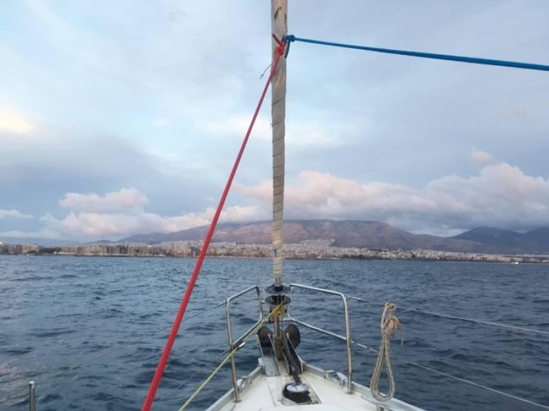 ギリシャ冒険旅行④-ヨットセーリングツアー4日間航海日誌 3日目 ポロス島-エギナ島-アテネ