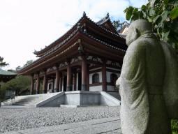 鎌倉・江ノ島日帰り観光(ドイツ語通訳&お土産付き)