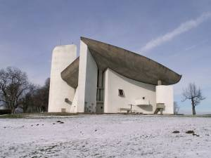 ル・コルビュジエ建築 ロンシャン礼拝堂を訪ねる
