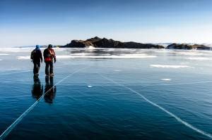 世界でホットな寒い絶景!冬のバイカル湖